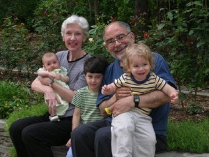 abuelos26nietos1